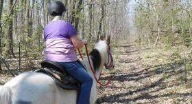 Horseback-on-Vandalia-Trail_600x323