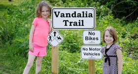 Kids-on-Vandalia-Trail_600x323